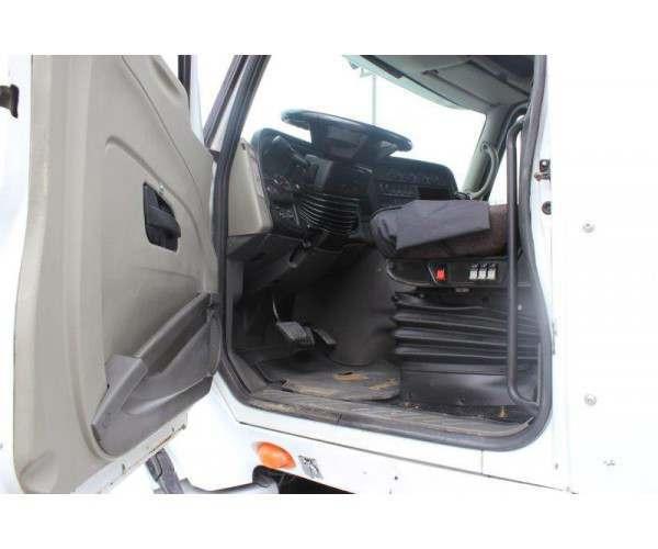 2009 International Prostar Day Cab in Canada