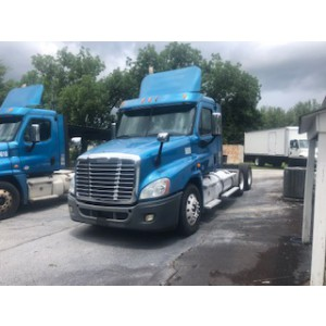 2013 Freightliner Cascadia Day Cab in GA