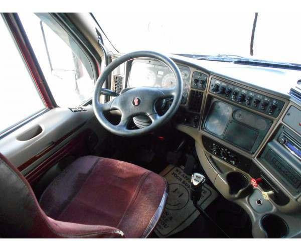 2006 Kenworth T2000 2