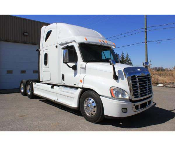 2011 Freightliner Cascadia Sleeper with DD15 engine in Canada, wholesale, detailed, NCL Truck Sales