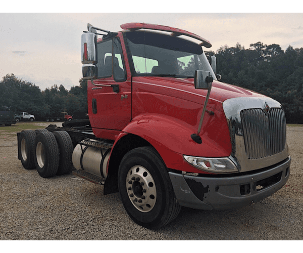 2007 International 8600 Day Cab in AL