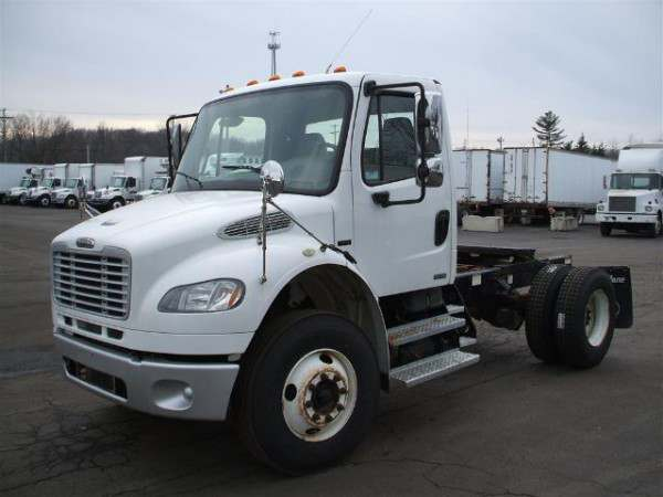 2009 Freightliner M2 Day Cab Day Cabs SKU A219P