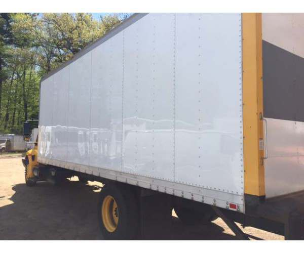 2007 international 4300 box truck in Connecticut, wholesale box trucks, ncl truck sales