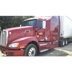 2013 Kenworth T660 in CA