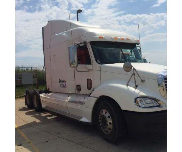 2009 Freightliner Columbia Wisconsin
