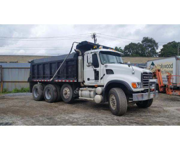 2006 Mack CV713 Dump Truck5