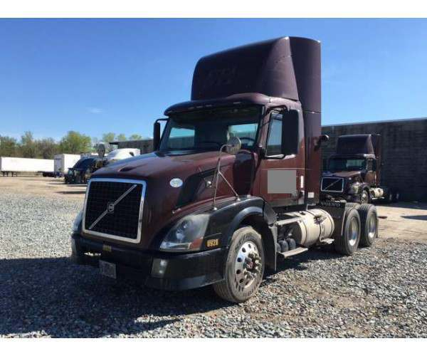 2009 Volvo VNL300 Day Cab with Cummins ISX 500HP in Virginia, wholesale, NCL Truck Sales