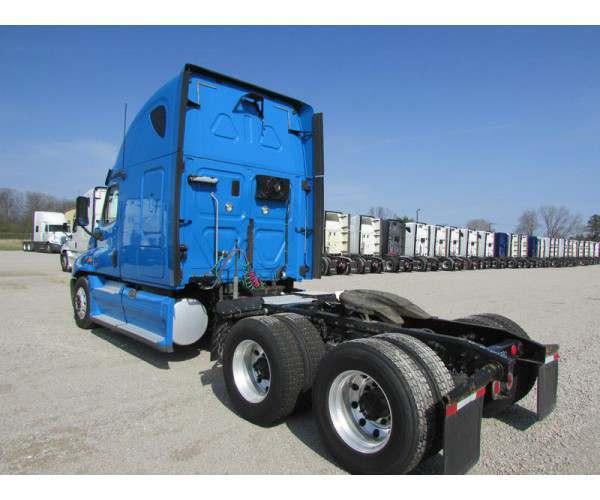 2013 Freightliner Cascadia 10