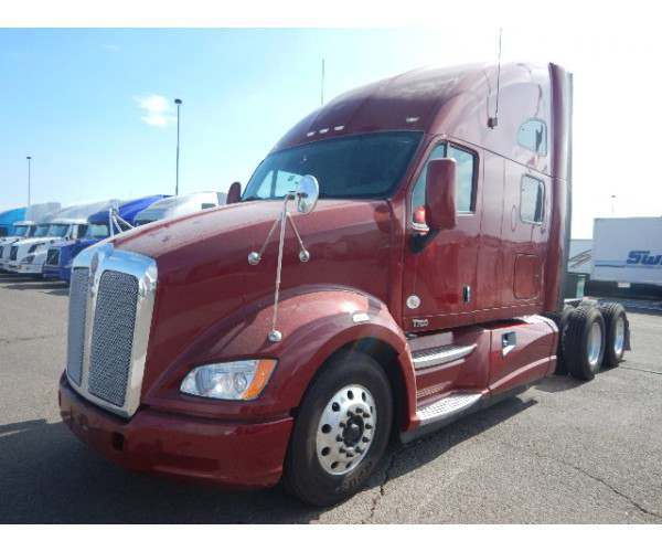 2013 Kenworth T700 in AZ