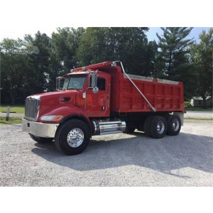 2006 Peterbilt 335 Dump Truck