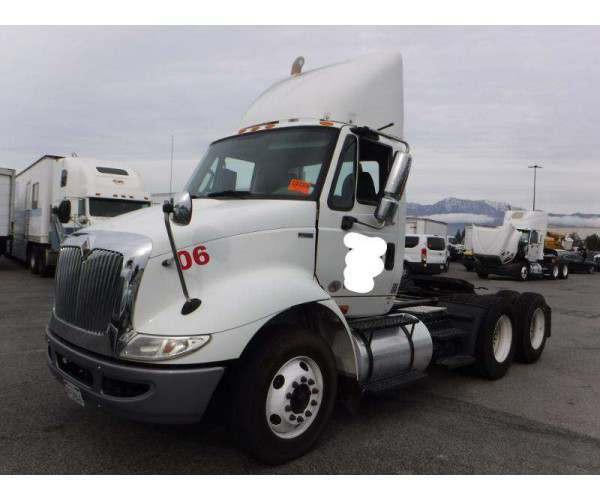 2012 International 8600 Day Cab 4