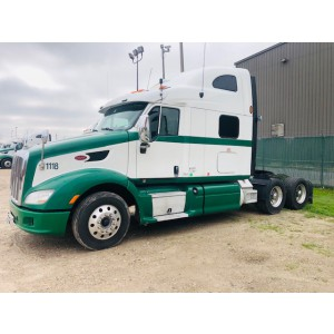 2013/14 Peterbilt 587 in TX