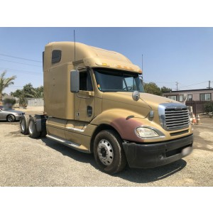 2009 Freightliner Columbia in CA