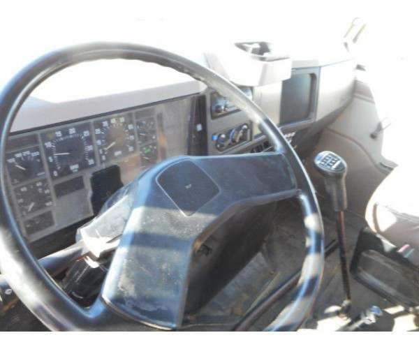 1997 International 4700 Flatbed Truck5