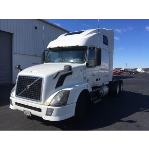 2013 Volvo VNL 670 in PA