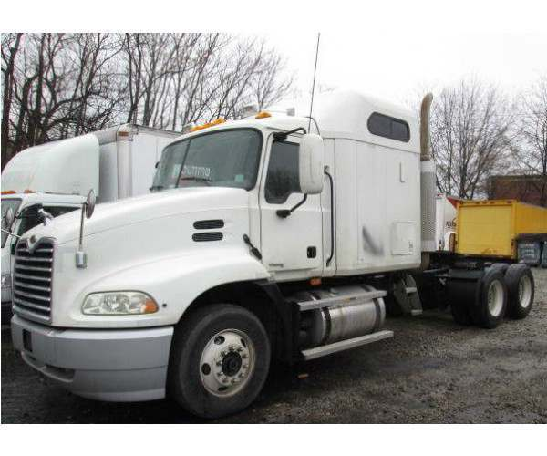 2007 Mack CXN613 sleeper truck in Georgia