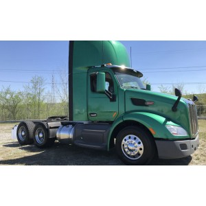 2015 Peterbilt 579 Day Cab in MD