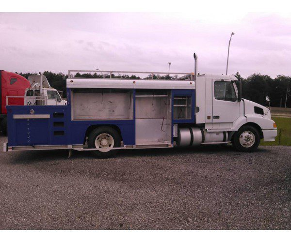1999 Volvo VNL42 Utility Truck in GA