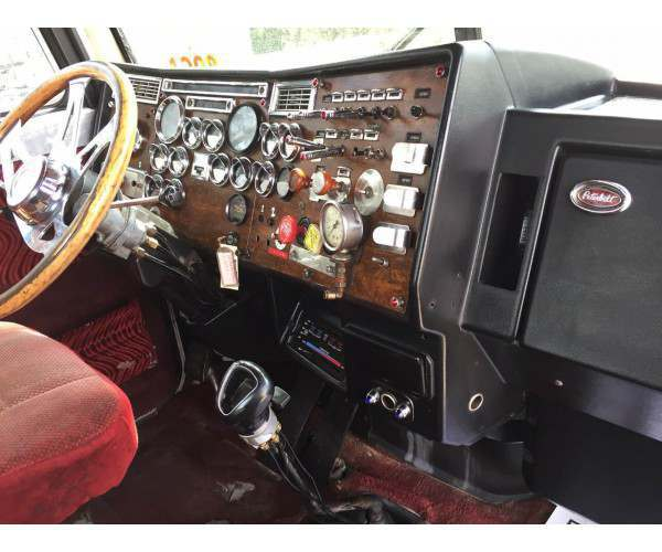1989 Peterbilt 379 Day Cab 10