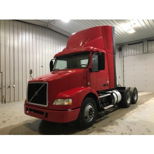 2014 Volvo VNM 200 Day Cab in TN