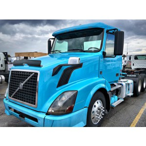 2012 Volvo VNL 300 Day Cab in MO