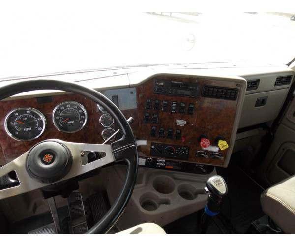 2007 International 9400 Day Cab