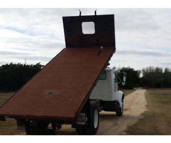 2001 International 4700 Flat Bed Dump 3