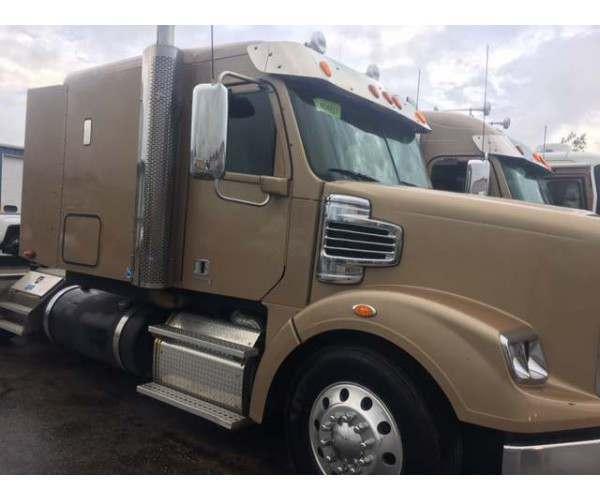 2013 Freightliner Coronado 4