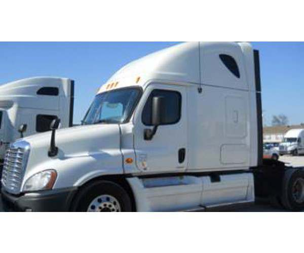 2012 Freightliner Cascadia in AR