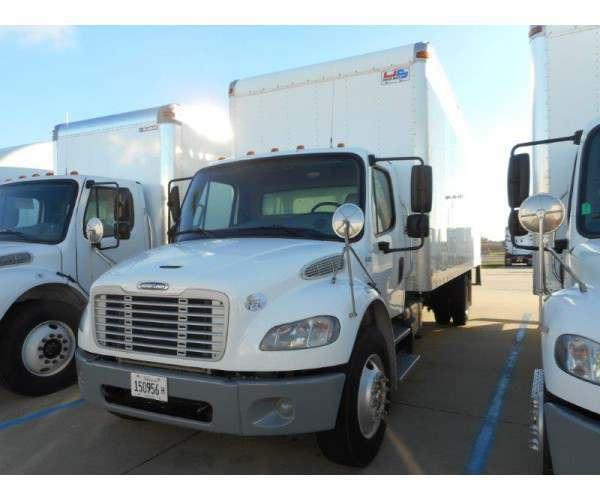 2013 Freightliner M2 Box Truck 1