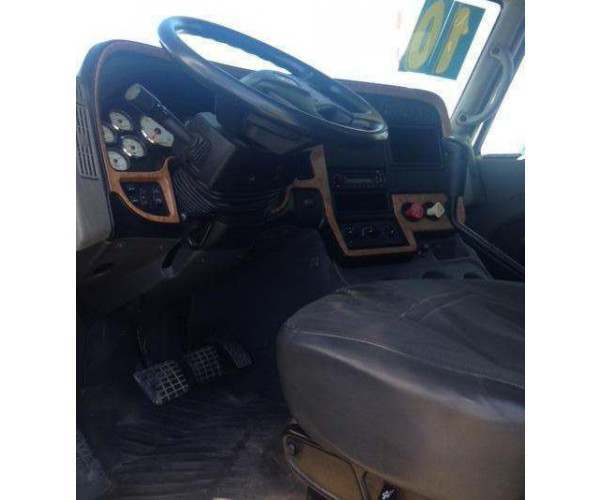 2010 International Prostar Dump Truck 2