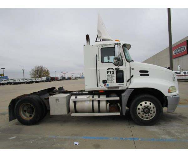 2004 Mack CX612 Day Cab 3