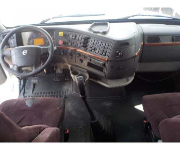 2007 Volvo VNL 670 12