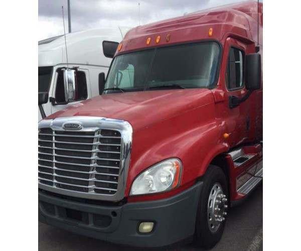 2010 Freightliner Cascadia 5