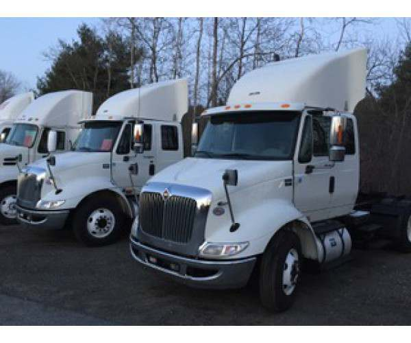 2013 International 8600 Extended Day Cab 1