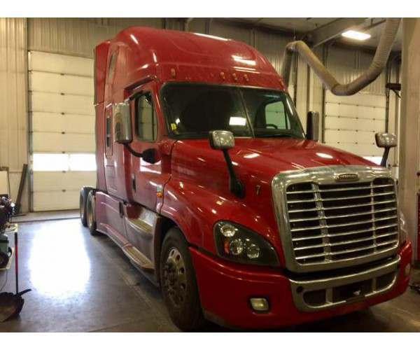 2016 Freightliner Cascadia5
