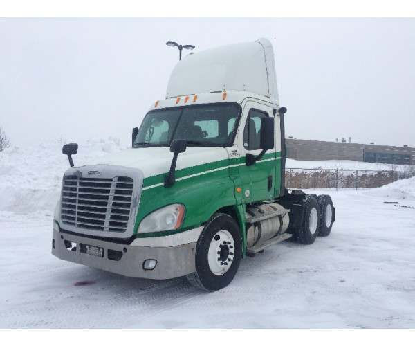 2011 Freightliner Cascadia Day Cab Michigan