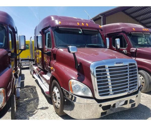 2010 Freightliner Cascadia in TX