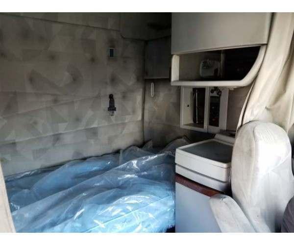 2012 Volvo VNL 670 bunk