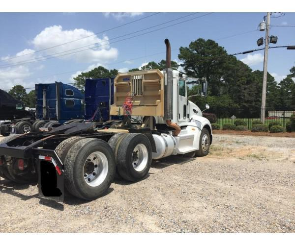 2012 Petertbilt 386 Day Cab in MS