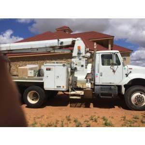 1993 International 4900 bucket truck