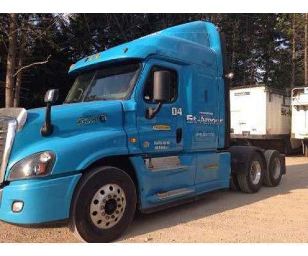 2015 Freightliner Cascadia 1