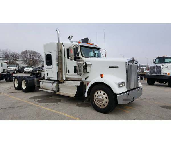 2014 Kenworth W900s with Cummins 525HP, wholesale, midwest, NCL Truck Sales