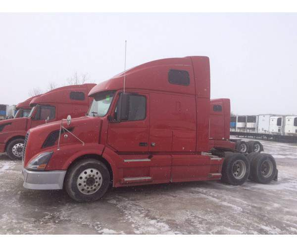 2005 Volvo VNL 670 with Cummins isx and 10 spd manual in Montana, wholesale, NCL Truck sales
