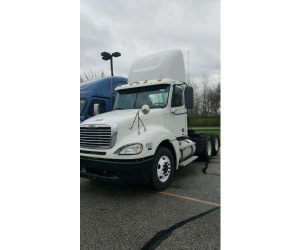 2011 Freightliner Columbia Day Cab glider kits, MBE engine, Indiana, wholesale, NCL Truck Sales