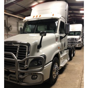 2015 Freightliner Cascadia Day Cab in MO