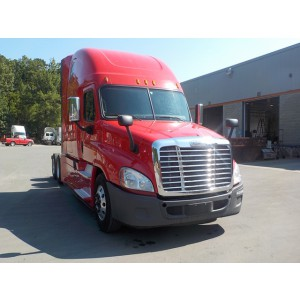 2017 Freightliner Cascadia in Dallas, TX