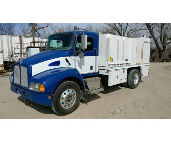 2004 Kenworth T300 Lube Truck