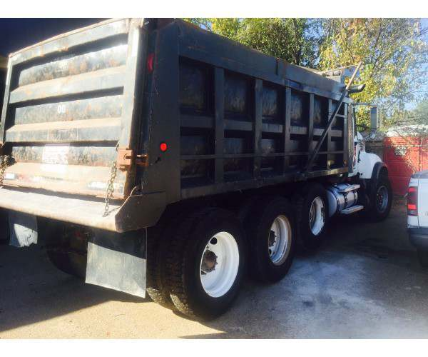 2005 Mack CV713 Dump Truck 2