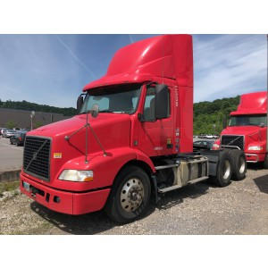 2013 Volvo VNM 200 Day Cab in PA